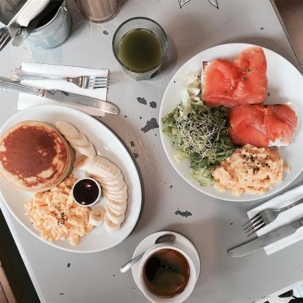 Blackbird Breakfast